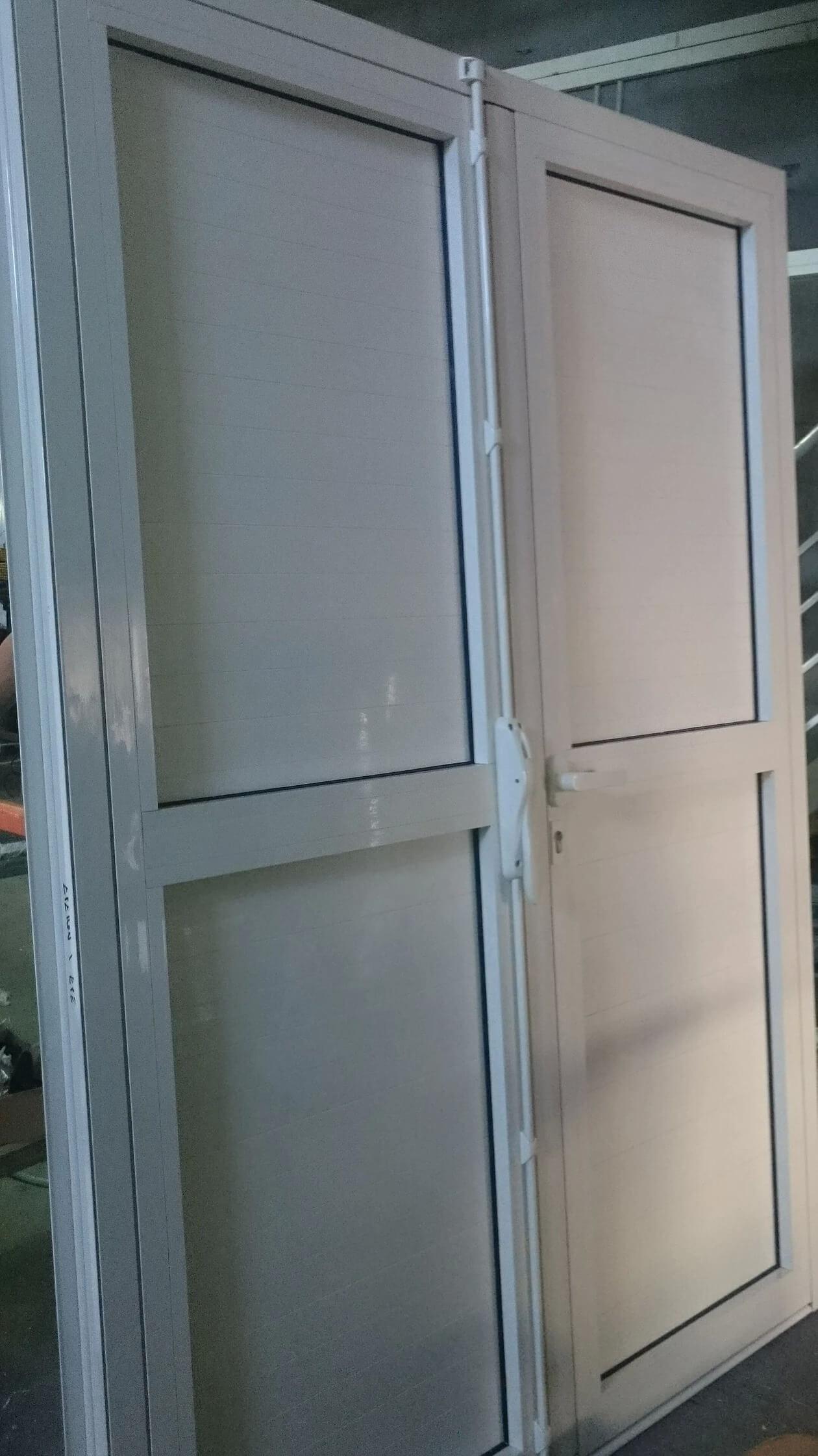 menuiserie aluminium l 39 le de la r union alumin 39 home. Black Bedroom Furniture Sets. Home Design Ideas